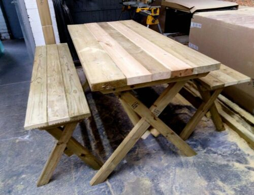 The old picnic table